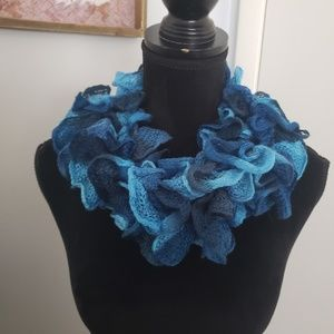 Blue frilly scarf. One size